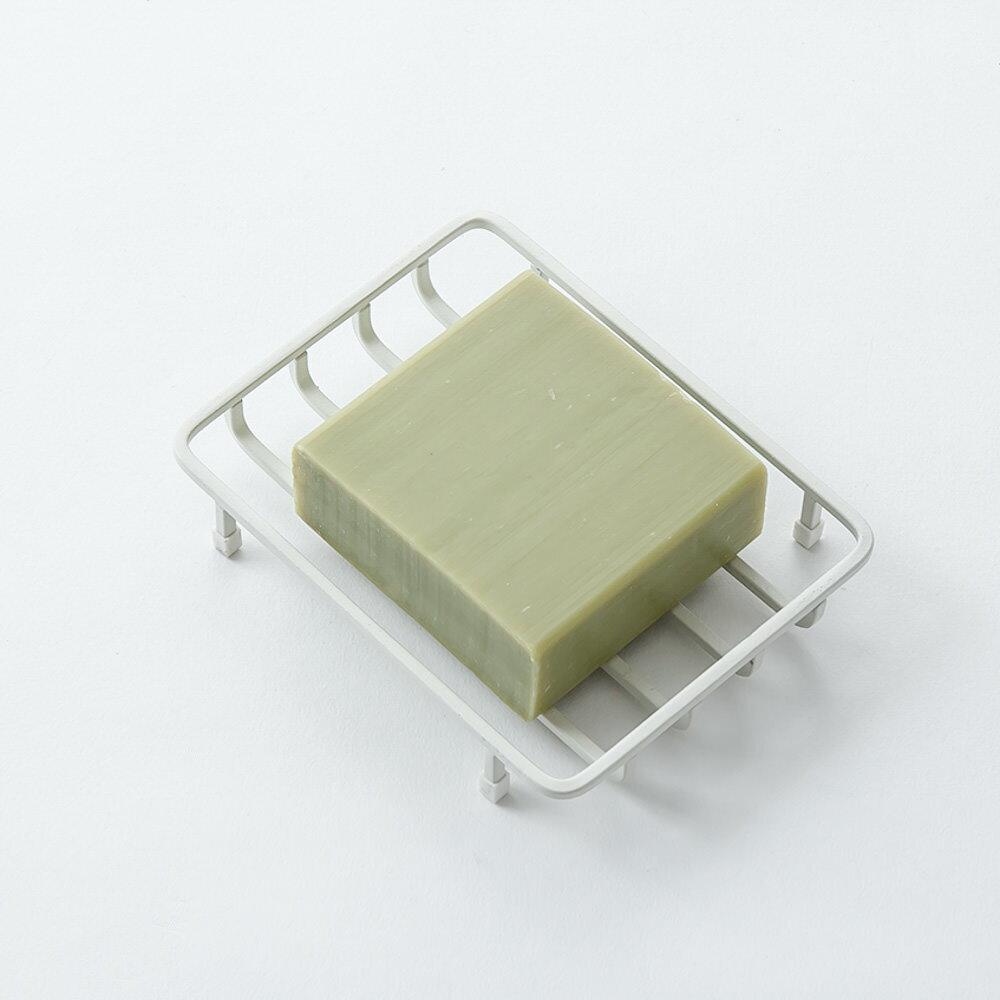 【3枚までメール便可・送料200円】カクカクした四角い金属ワイヤーで作った幾何学的なデザインの石鹸置き [b2c バスワイヤー/ソープディッシュ]