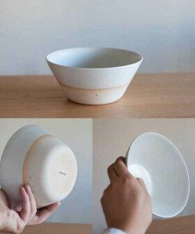 高台のないシンプルデザインの鉢[b2c信楽奥田窯ボウルL(直径180x高さ80mm)]
