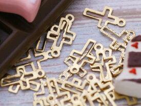 【透かしチャーム 十字架(約11x6mm)約25個】ゴールド カン付き 1穴 透かしパーツ メタルパーツ 手芸用品 レジン材料 雑貨 ネイル 部品