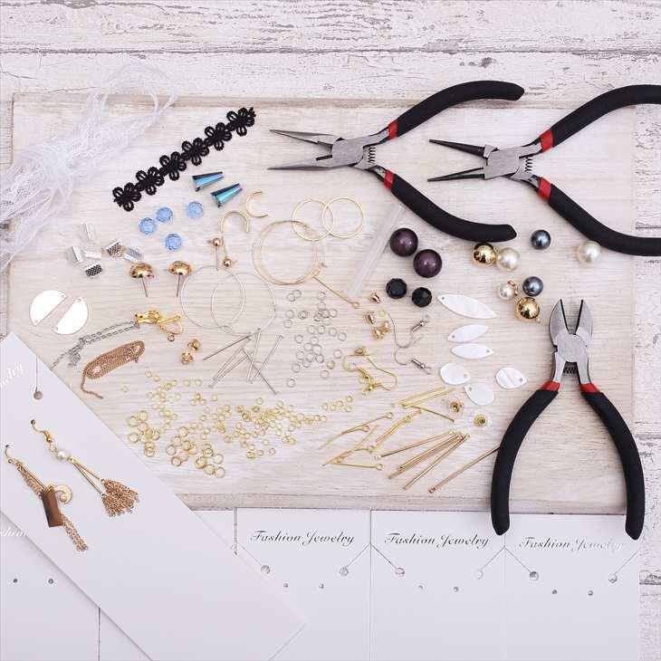 手作りアクセサリー スターターセット 初心者向け 材料とチャームのセット ハンドメイドアクセサリーキット 工具付 ギフト