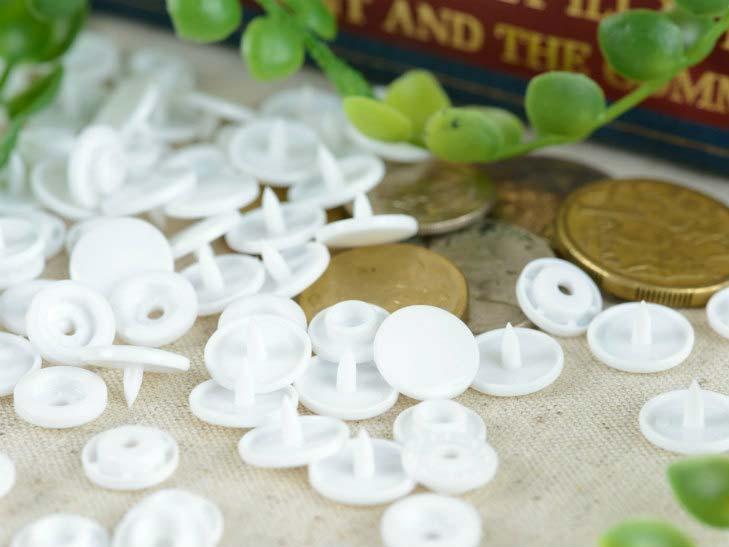プラスチック スナップボタン(T-5)【マットカラー 30組(12mm 白 ホワイト)】プラスナップ 手芸材料 プラスチック製 ボタン 手芸 取り付け方