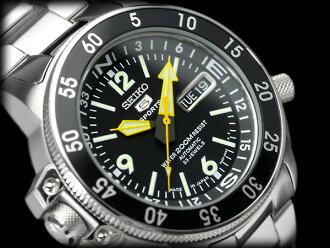 自动拧精工5体育活动潜水员的表黑色地图册,并且是手表黑色拨盘金属皮带SKZ211J1