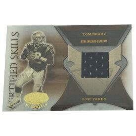 NFL ペイトリオッツ トム・ブレイディ 2005 3692 ヤーズ ユニフォーム カード 041/175 ドンラス/DonRuss レアアイテム