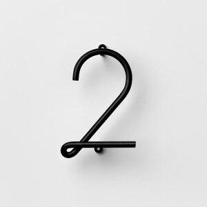 フック 2 ブラック / WIRE NUMBER (Nak Nak / ナックナック) 壁 引っ掛け 金具 壁掛け おしゃれ 玄関 リビング 収納 ウォールフック ユニーク 鍵 キーフック スチール デザイン 北欧風 吊り下げ 吊下