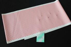 洗える柄半襟-市松柄白色地にピンク色(ポリエステル素材・袷せ時期/半襟/スワロフスキー)