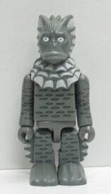 キューブリック KUBRICK グリコマンとビスコ君&ウルトラマン 怪獣 ラゴン モノクロ 【中古】