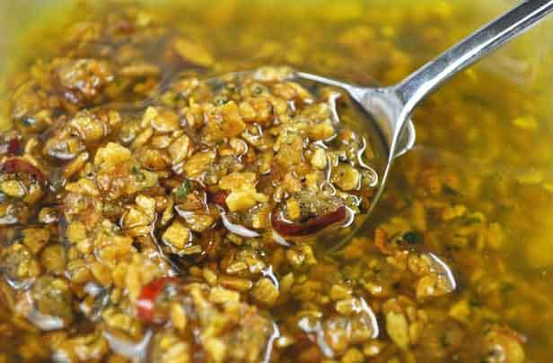 食べるオリーブオイル【送料無料】小田原屋 サクサク食べるオリーブ 180g×2 健康志向お手軽レシピの調味料 イタリアンパスタに人気 送料込