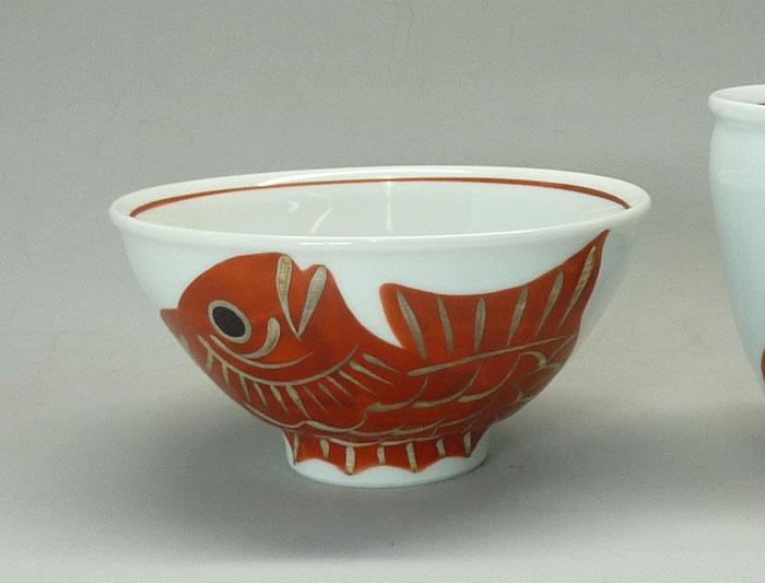 岐阜県多治見 蔵珍窯ご飯茶碗 300kcal銀彩めで鯛 大碗