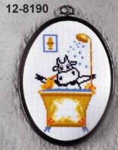 ペルミン クロスステッチ刺繍キット Ko bruser 牛とお風呂 Permin of Copenhagen 北欧 デンマーク 初心者 中級者 12-8190