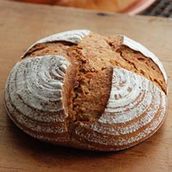 天然酵母ライ麦パン