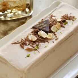 GIVのチョコレートケーキ