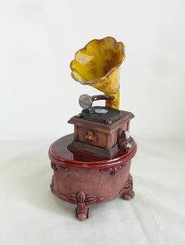 【即納可!!】新入荷しました♪リトアニア製 陶器 アロマキャンドルホルダー Gramophone置き人形 蓄音機※陶器のお香置き兼キャンドルベース付属!!