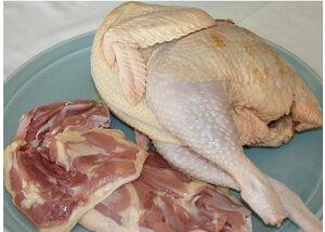 福島・川俣のまるごと軍鶏(しゃも)肉(生・中抜き丸/丸鶏)1羽(約1.8kg)平飼い鶏舎、これぞ天然鶏の味だ! 産地直送です