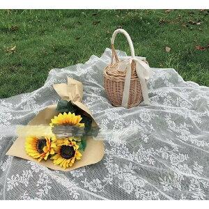 レジャーシート ピクニックマット 花見 遠足 キャンプ用品 薄手 折り畳み 網の目布 メッシュ素材 通気性 軽い