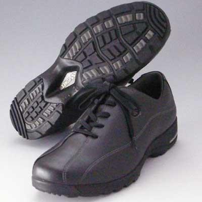 軽い疲れにくいウォーキングシューズヨネックスカジュアルウォーク【YONEX】MC21 ブラック(メンズ)伸縮素材「ストレッチPUレザー」採用靴 シューズ『靴』