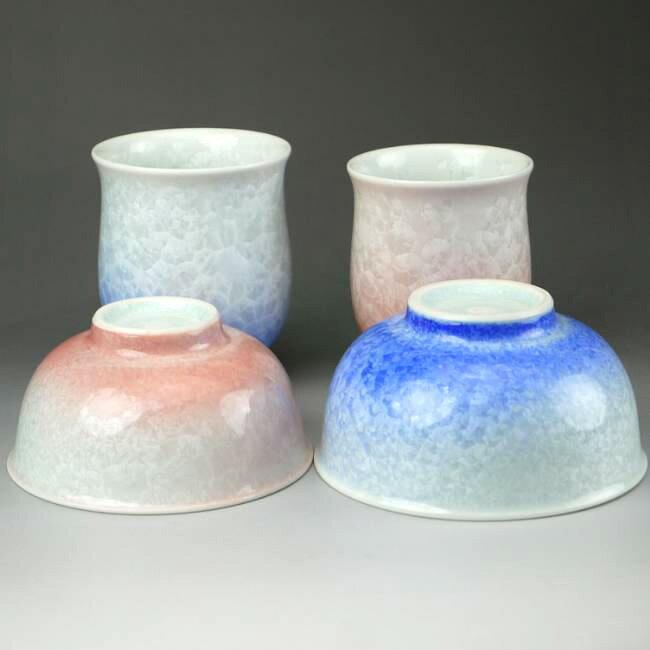 京焼 清水焼 花結晶夫婦湯呑と夫婦茶碗セット 白地青赤