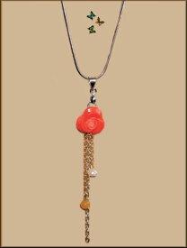 大ぶり赤ローズ花珊瑚小ぶりマルチ天然石&真珠プラチナトーンネックレス