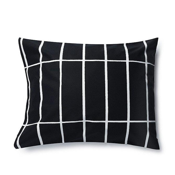 マリメッコ marimekko ティイリスキヴィ ピローケース 50x60cm (ブラック×ホワイト) 067585 910 Tiiliskivi Pillow case 枕カバー 【ラッキーシール対応】