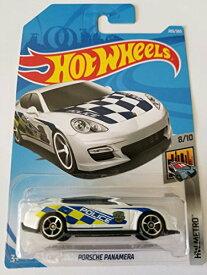 ホットウィール マテル ミニカー ホットウイール 【送料無料】Hot Wheels 2018 Hw Metro 8/10 - Porsche Panamera (White - Police)ホットウィール マテル ミニカー ホットウイール