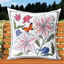 刺繍 オノエ・メグミ 花咲く庭の小さな物語 カサブランカと蝶|オリムパス 刺繍キット 6061 刺しゅうキット ゆり クッ…