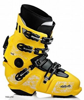 FREE69 PF DEELUXE SNOWBOARD BOOTS free 69 PF Deluxe domestic authorised purchase guaranteed performance in NA (heat molded not required)