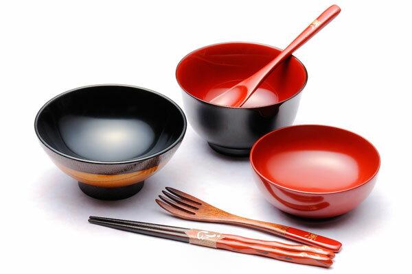 【木製漆器】【名入れ無料】ベビーセットK 女の子用 お食い初めに!汁椀の色選択可