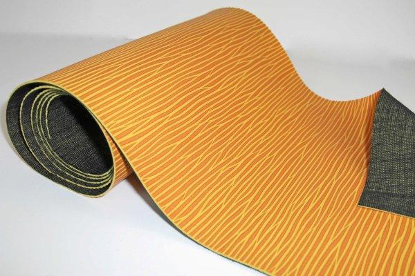 合皮生地 ビント(水が流れているような型素材合皮)(0603)【メール便不可】|フェイクレザー おしゃれ 手芸 布地 バッグ 厚手 かばん pvc フェイク レザー レッスンバッグ おすすめ
