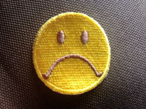 スマイルワッペン「怒」「小サイズ」【ネコポスOK】【アイロン接着】【キャラクター】【入園・入学】【にこちゃん】