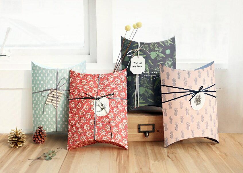 【ICONIC】ピローボックスLサイズ★4種類 プレゼント 包装 箱 ギフトボックス present box ボックス wrapping 記念日 誕生日 お祝い