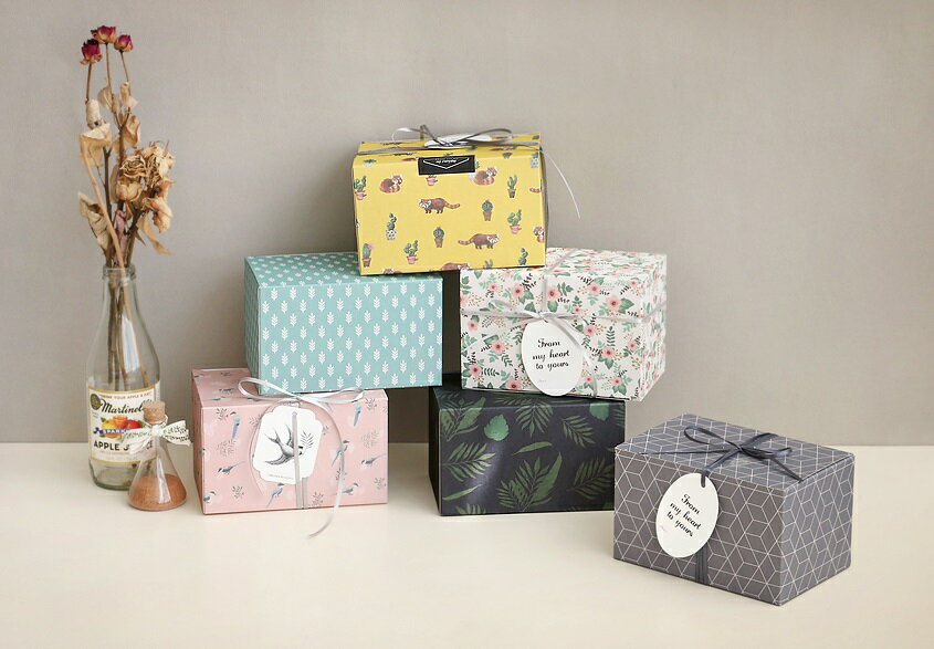 【ICONIC】ギフトボックスLサイズ★6種類 プレゼント 包装 箱 ギフトボックス present box ボックス wrapping 記念日 誕生日 お祝い ラッピング