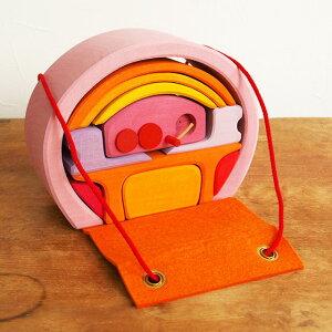 積み木 ドールハウス おもちゃ ままごと 人形 家具 かわいい おしゃれ 女の子 誕生日 シュタイナー ドイツ GRIMM'S グリムス モバイルホーム 家具付き積み木おもちゃ ピンク