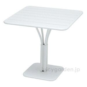 【テーブル】【机】マットな質感の屋外用テーブルFermob ルクセンブールテーブル80×80【フェルモブ】【ファニチャー】【ガーデン】【庭】【送料無料】