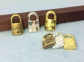 3302★ 金属チャーム LOVE 錠 A 17*9.5mm 厚4mm 立体 10個入り アンティークゴールド(真鍮古美) シルバー ゴールド 3色展開