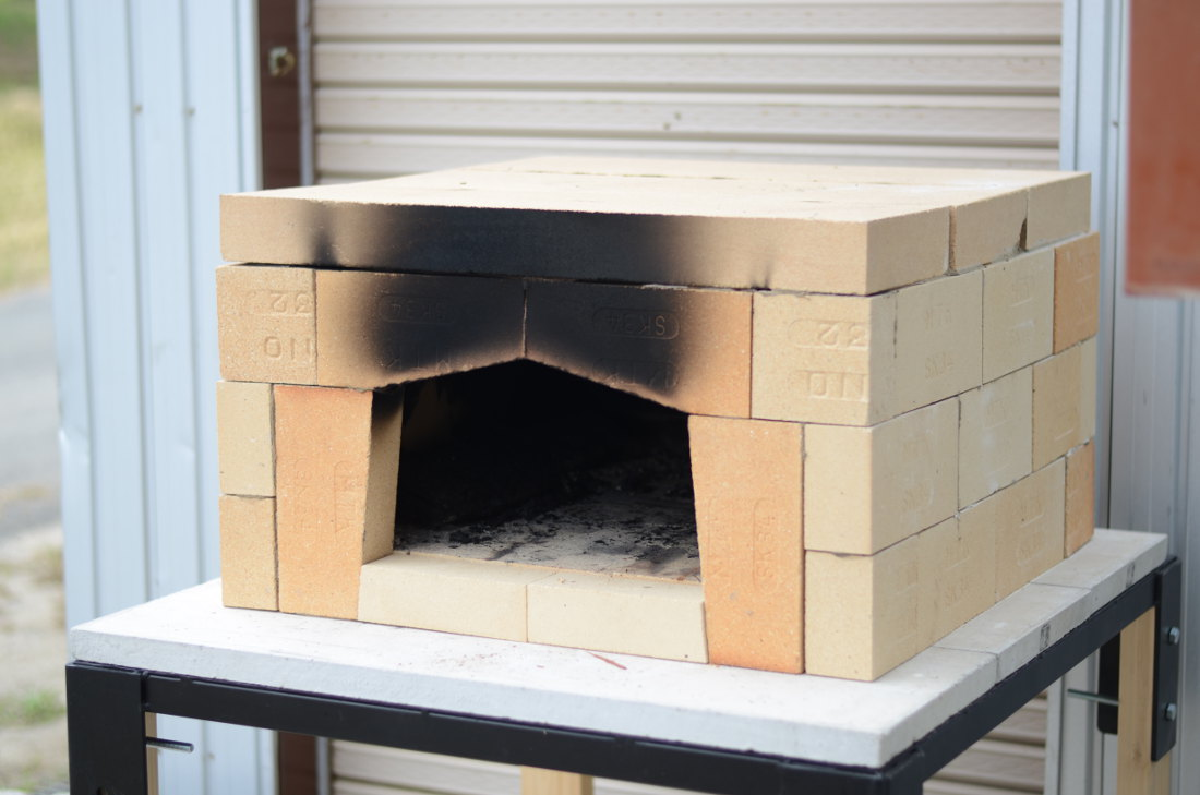 ピザ窯 ピザ窯キット●BOX-7(セブン)箱型ピザ窯●耐火断熱レンガ製 ピザ窯キット薪・炭専用  食育 【RCP】 02P05Nov16
