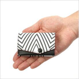 グッドデザイン賞受賞【小さい財布】 三面怪人「ダダ」モデルウルトラマンシリーズと、ほぼカードサイズの極小財布「小さい財布 abrAsus」がコラボ。札入れ、コインケース、カードケースが三つ折り革財布に。アブラサス、プレゼント、父の日ギフトに