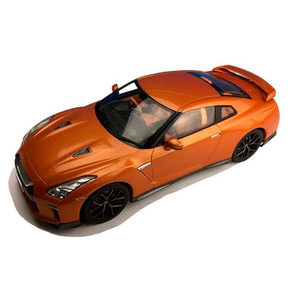 玩具関連商品 First18/ファースト18 日産 GT-R 2017 アルティメイトシャイニーオレンジ 1/18スケール F18020