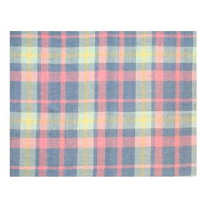先に糸を染色してから、織り上げた先染マルチクロスです。どんなお部屋にも合う優しい配色のチェック柄をご用意いたしました。シングルサイズベッドカバーにちょうど良いサイズです。