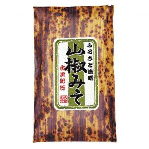 山椒の風味が広がるおかずみそです。 生産国:日本 内容量:140g 賞味期間:180日