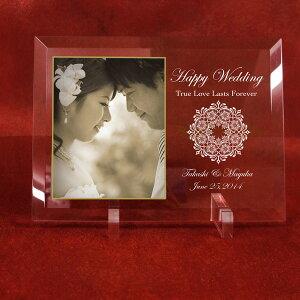 ブライダルギフト「ウェディングメモリアルプレート レース」ガラス楯 / 結婚祝い 記念品 贈答品