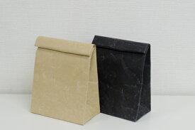 クラッチバッグ M SIWA 紙和 クラッチ カジュアルバック 軽量バック (和紙メーカー大直 と工業デザイナー深沢直人氏 がつくったアイテム) 定形外郵便物