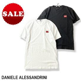 【定価16,500円(税込)】DANIELE ALESSANDRINI ダニエレアレッサンドリーニ 遊び心たっぷりでコナレ感溢れる逸品!1枚でも主役を張れるブランドロゴ入りクルーネックTシャツ ホワイト ブラック 83441007 XS S M L XL XXL XXXL イタリア製 メンズ