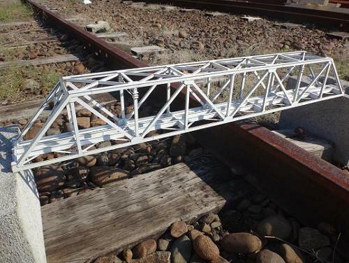 16番ゲージ用 近代型ワーレントラス橋(延長セット+197mm)