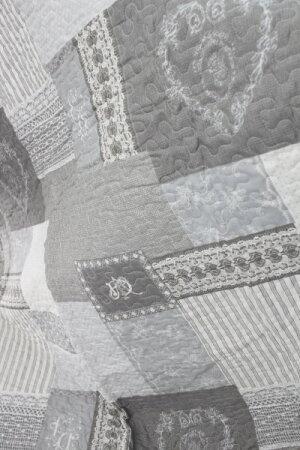 フランスから届くフレンチキルト・クッション2個付き(グレー×モノグラム柄)【BlancdeParis】キルトキルトラグキルトスローマルチカバーシャビーシックアンティーク風フレンチカントリーフランス