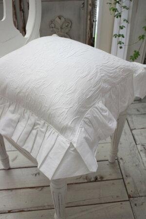 ジャガードフリルのチェアパッド(ホワイト)椅子クッション【BlancMaricloブランマリクロ】イタリア直輸入シャビーシックアンティーク風アンティーク雑貨フレンチカントリー姫系antique