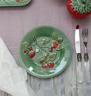 アンティークな輸入食器ケーキプレートケーキ皿(ストロベリー・イチゴモチーフ)ボルダロ・ピニェイロポルトガル製おしゃれシャビーシックアンティーク風洋食器