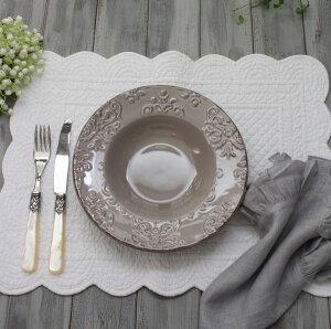 ダマスク柄アンティークな輸入食器スーププレートスープ皿(オフホワイト・グレージュ)ポルトガル製おしゃれシャビーシックアンティーク風洋食器
