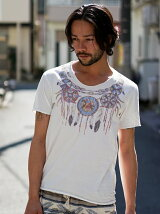 Native Necklace Print Tシャツ