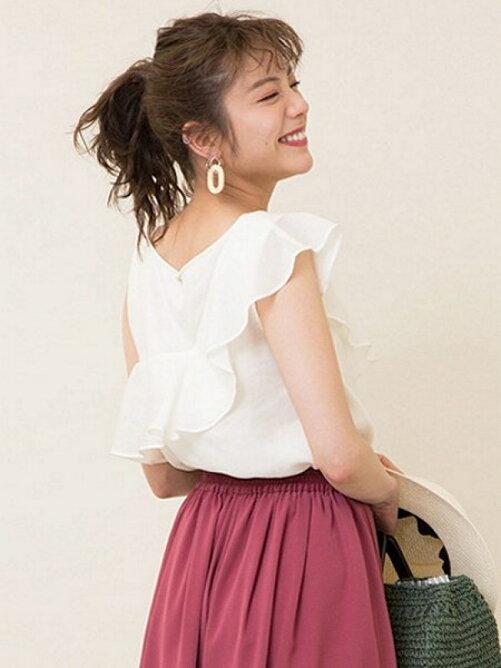 夏のデート服におすすめ♡泉里香さん着用エアリーブラウスがセール中!