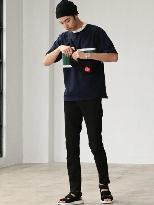 Tシャツ×スキニースタイル