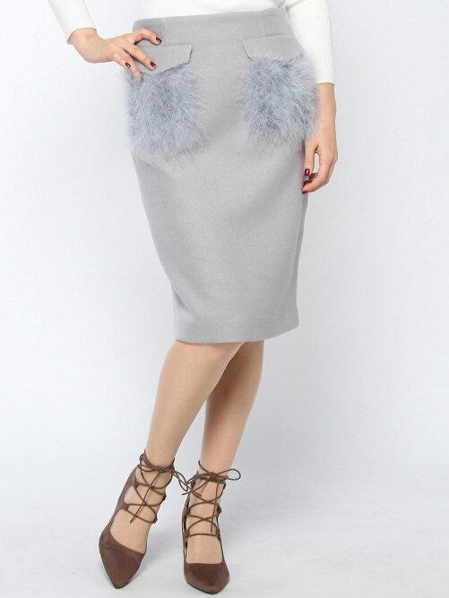 フェザータイトスカート